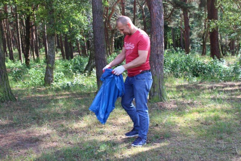 sprzątanie parku (3)
