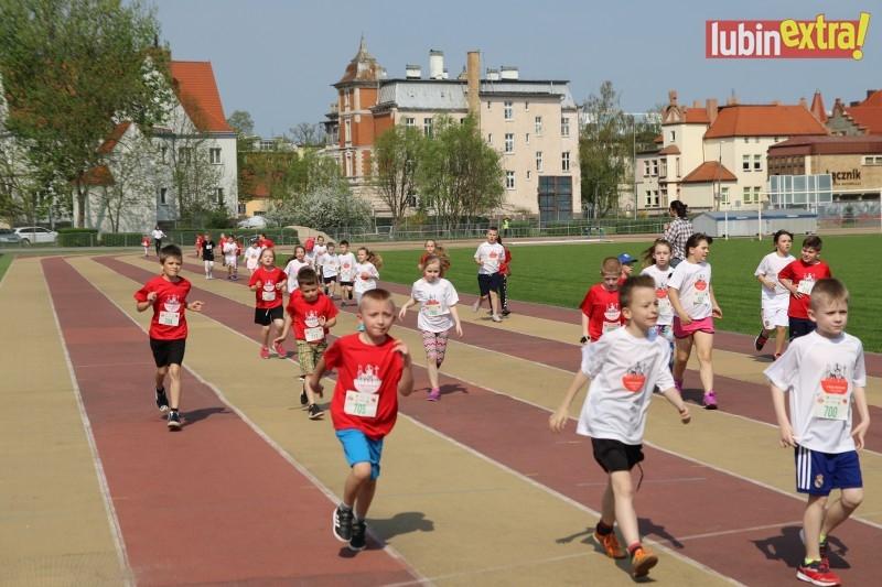 V bieg papieski dzieci 200