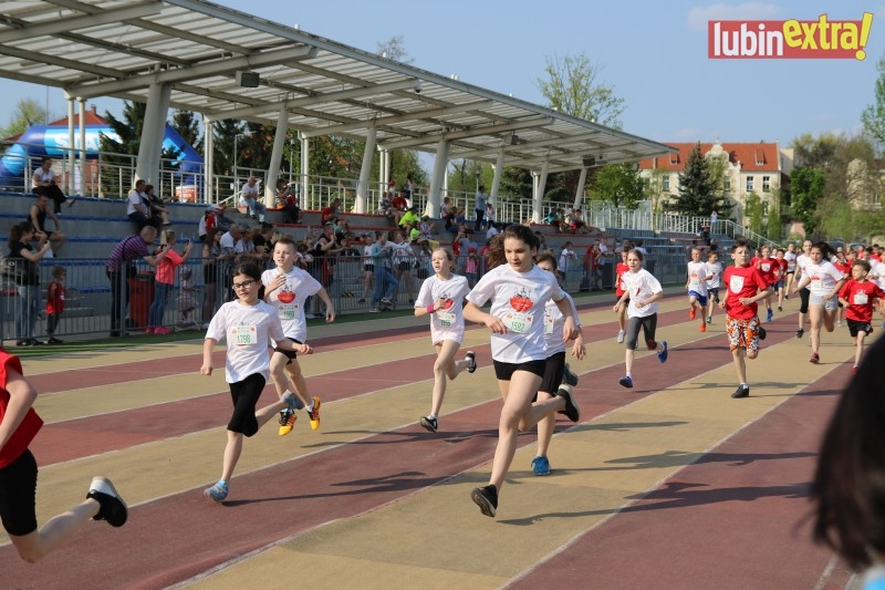 V bieg papieski dzieci 450