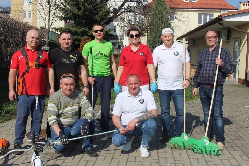 wolontariusze-KGHM-w-lubińskim-hospicjum-5