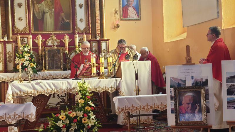 kościół-w-Gogołowicach-12