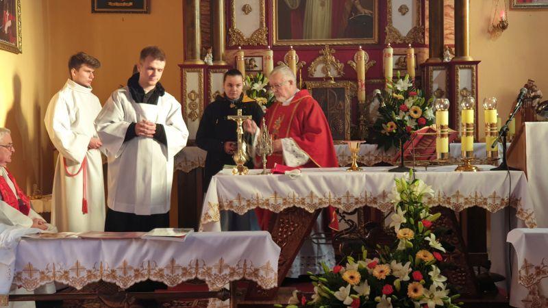 kościół-w-Gogołowicach-13