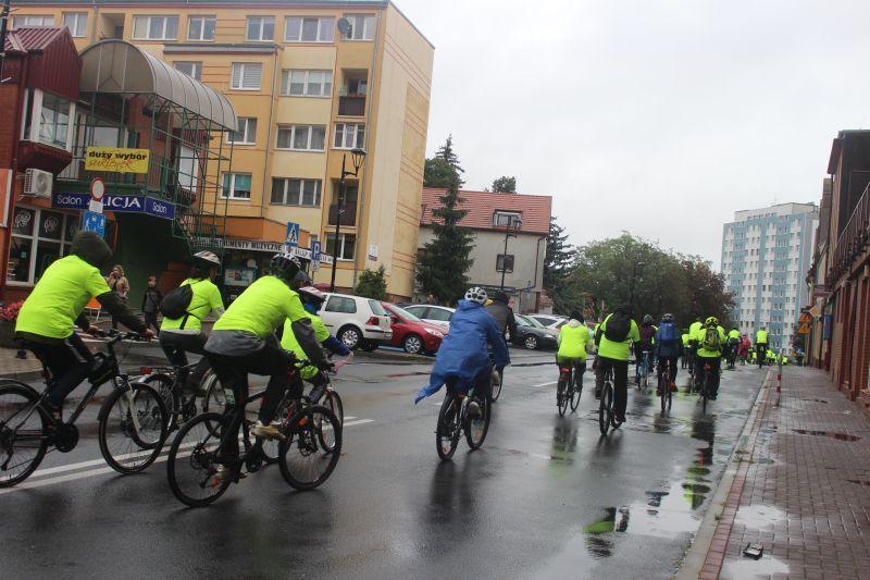 przejazd-rowerowy-dzien-bez-samochodu-lubin-fot-marzena-machniak-58