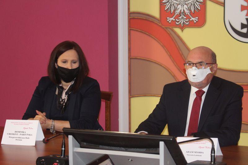 rozowa-kampania-walki-z-rakiem-piersi-powiat-lubinski-fot.-marzena-machniak-2