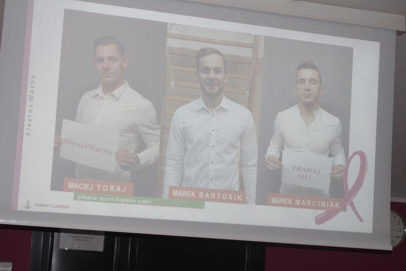 rozowa-kampania-walki-z-rakiem-piersi-powiat-lubinski-fot.-marzena-machniak-8